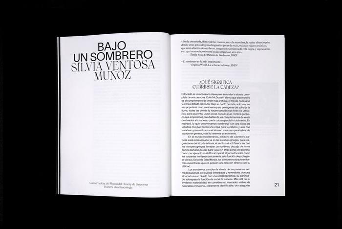 Balenciaga: The elegance of the hat 4