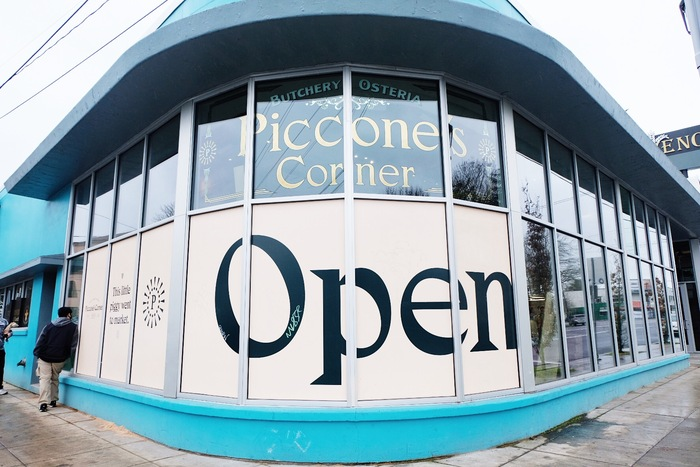 Piccone's Corner 10