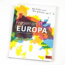 <cite>Fragen an Europa</cite> by Gesine Grotrian &amp; Susan Schädlich (Beltz &amp; Gelberg)