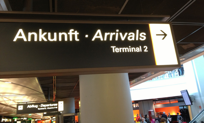 Hamburg Airport signs 3