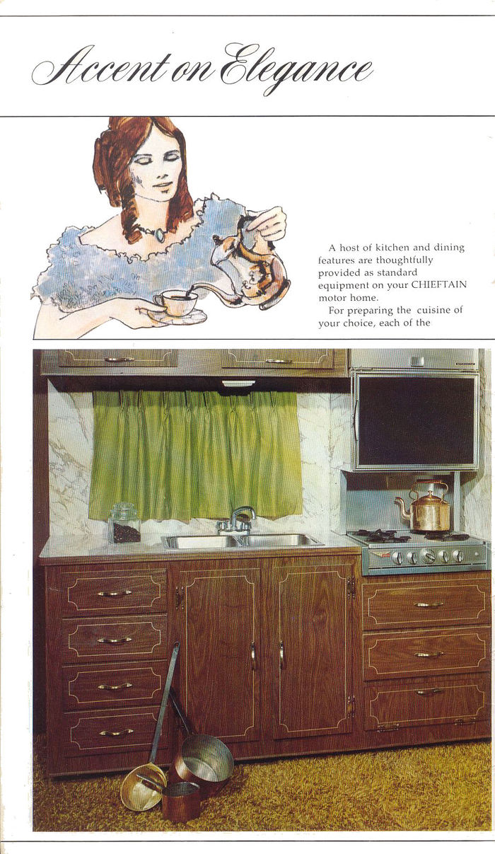 Winnebago Chieftain Brochure 3