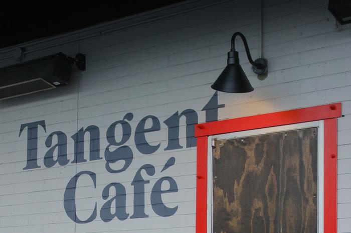 Tangent Café 4