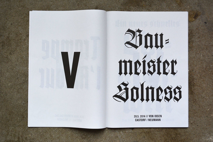 Baumeister needs a 'long s', and ideally an 'ſt' ligature. Wilhelm-Klingspor-Schrift indeed has such a ligature, even in the digital versions. Furthermore, in German blackletter, there can never be two 'round s' in a row. At the end of words, a double 's' becomes an eszett: Solneß.