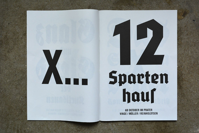 12-Spartenhaus is set in National Fett (1934). The roman numerals on the verso denote the month of the event – this play is staged from October. The numerals as well as the small print is in Akzidenz-Grotesk.
