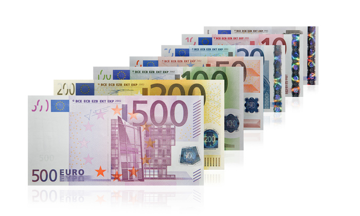 Euro banknotes (first & second series) 1