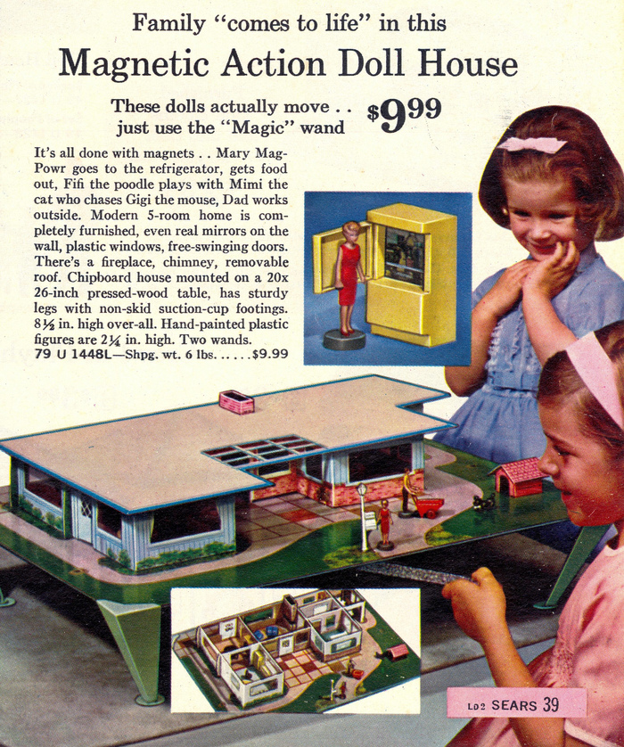 """Magnetic Action Doll House"""