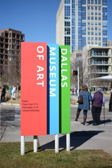Dallas Museum of Art signs