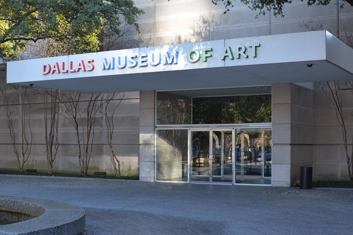 Dallas Museum of Art signage 5