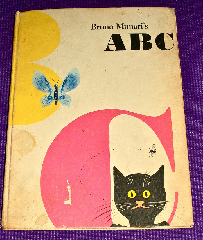 Bruno Munari's ABC, First Edition and Chronicle Books Edition 7