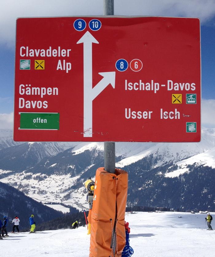 SNV ski signs 1