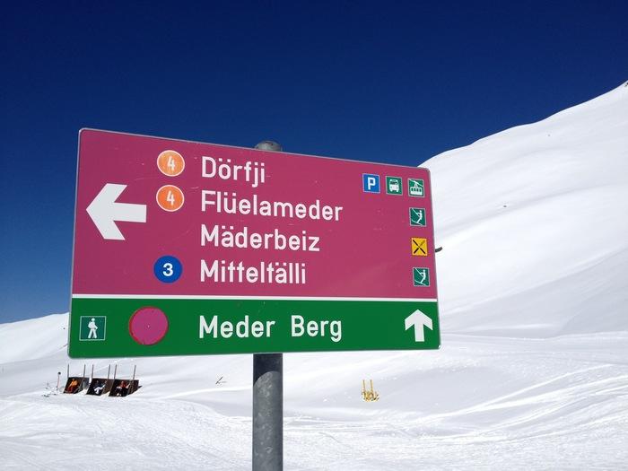 Sign in Pischa, Davos