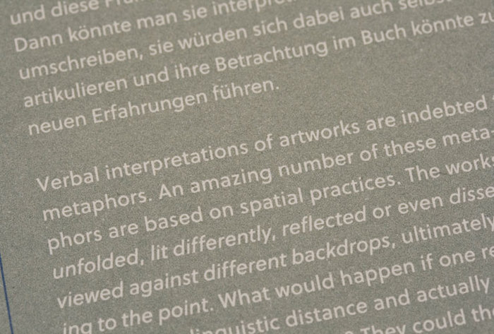 Viel/Falten. Experimental Configurations with Paintings by Fritz Ruprechter 6