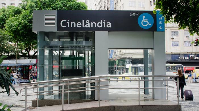 Metro Rio Signage 1