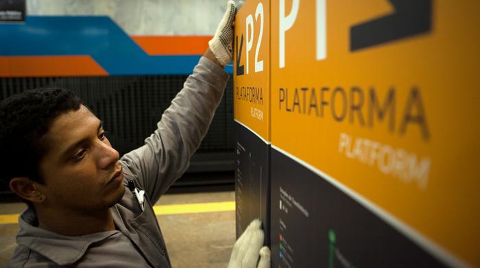 Metro Rio Signage 3