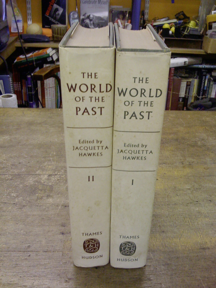 The World of the Past by Jacquetta Hawkes (Thames and Hudson) 3
