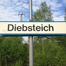 Diebsteich station sign