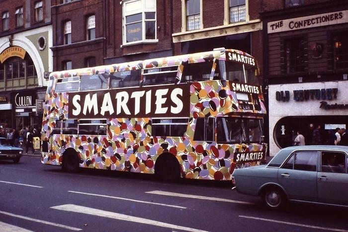 """""""Smarties"""" bus"""