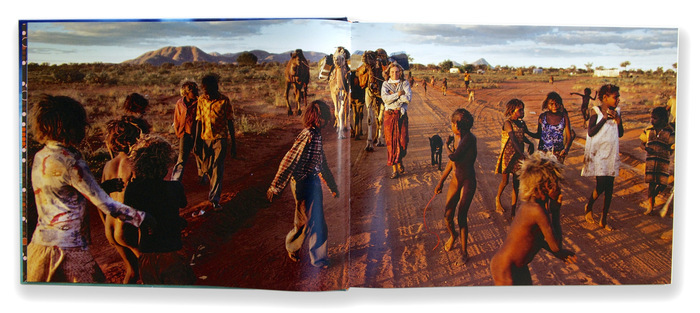 Inside Tracks. Robyn Davidson's Solo Journey Across the Outback by Rick Smolan 4