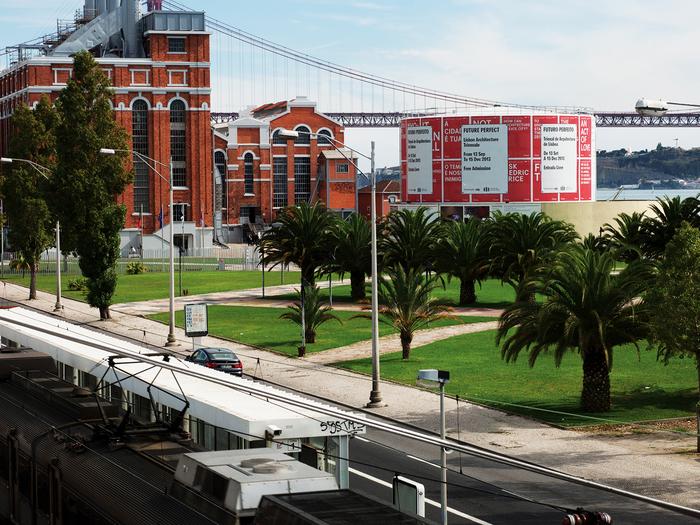 Close, Closer, Lisbon Architecture Triennale 2013 1