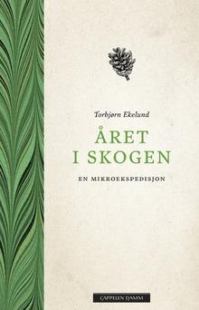 <cite>Året i skogen</cite> by Torbjørn Ekelund