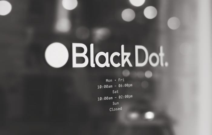Black Dot 2