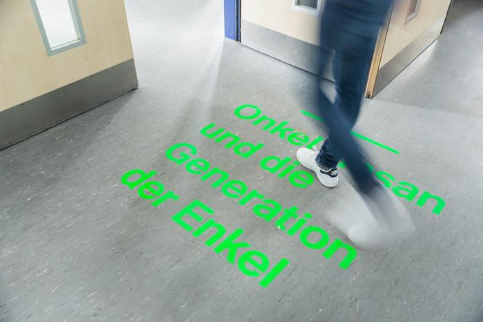 Second part of the exhibition: Die Generation der Enkel at Haus der Vielfalt. (Foto: Roland Baege)