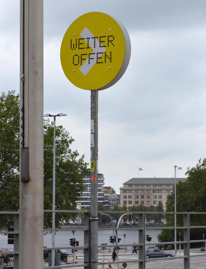 Hamburger Kunsthalle temporary signs 5