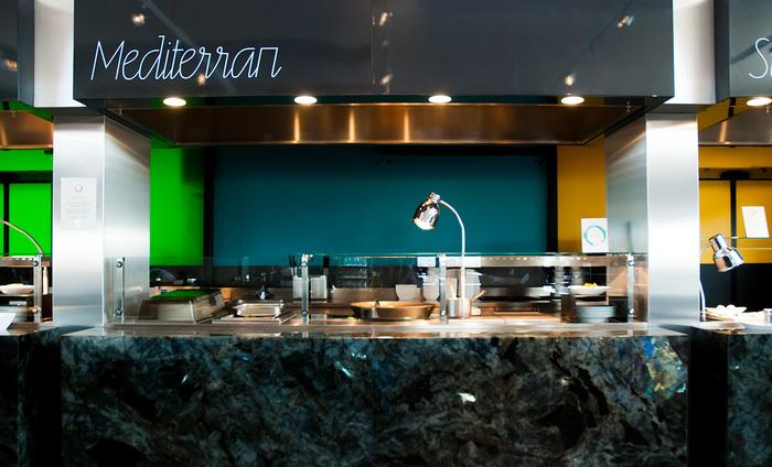 Oben Restaurant identity 3