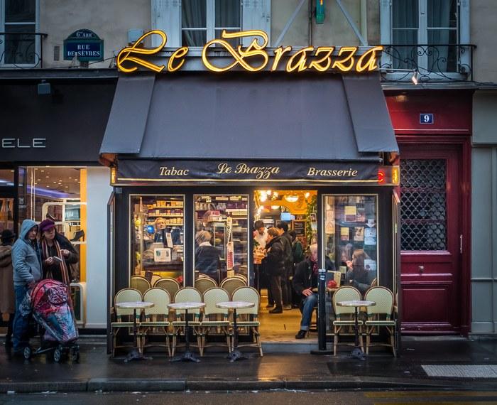 Le Brazza brasserie, Paris
