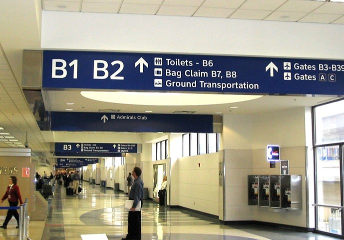 Dallas/Fort Worth International Airport wayfinding 4