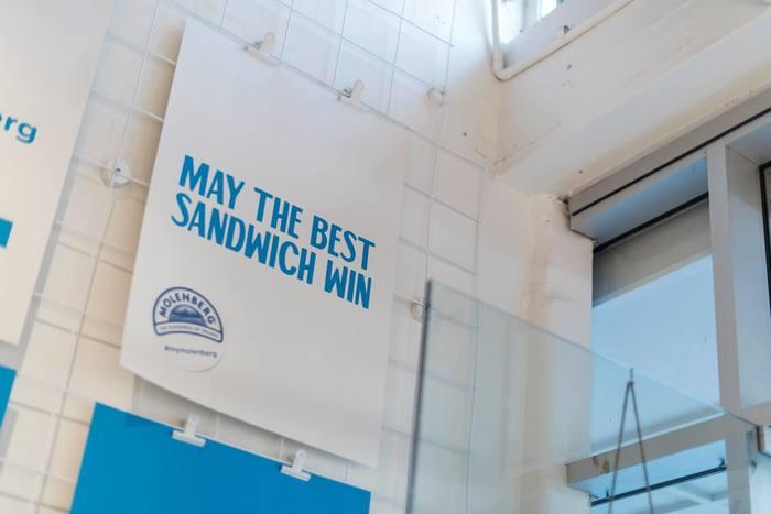 Molenberg Sandwich Shop 5