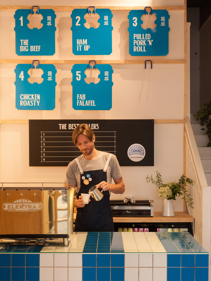 Molenberg Sandwich Shop 4