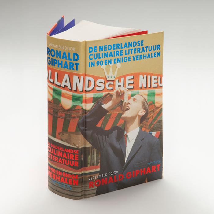 De Nederlandse Culinaire literatuur in 90 en enige verhalen; Ronald Giphart; photo by Bob van Dam, Nederlands Fotomuseum.