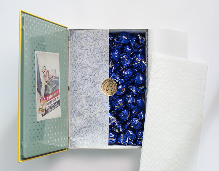 Chocolat Breitling candy tin 6