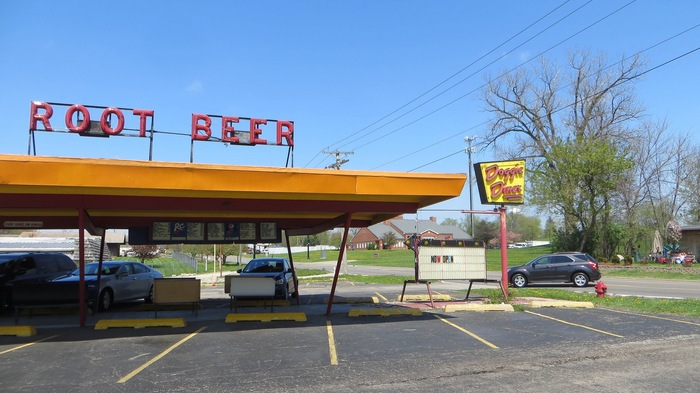 Doggie Diner, Aurora, Illinois 2