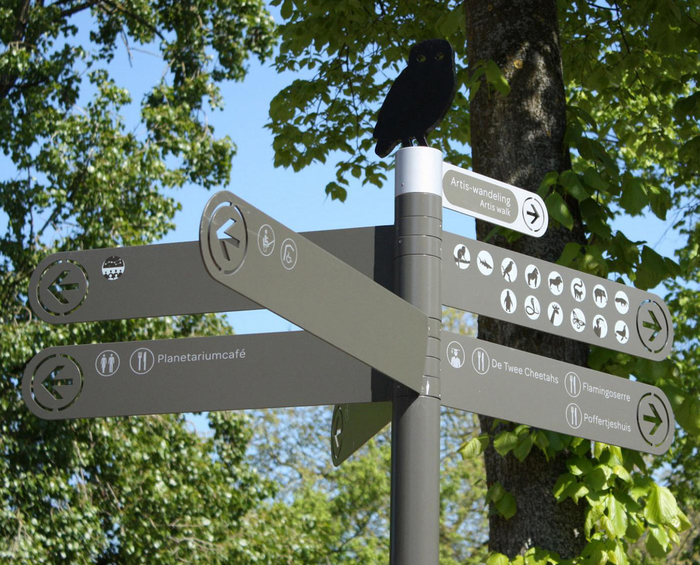 Wayfinding system for Artis — Amsterdam Royal Zoo 1