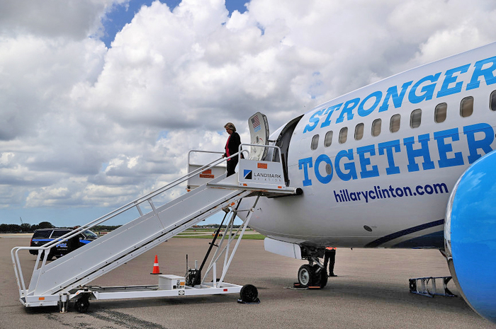 "Hillary Clinton campaign plane ""Stronger Together"" 1"