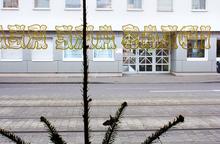 <cite>da-da-da #3: Ihr Kinderlein Kommmet</cite> window