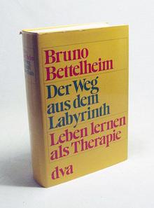 <cite>Der Weg aus dem Labyrinth. Leben lernen als Therapie.</cite>, 1975 DVA edition