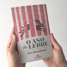 <cite>O Ano da Lebre</cite> by Arto Paasilinna