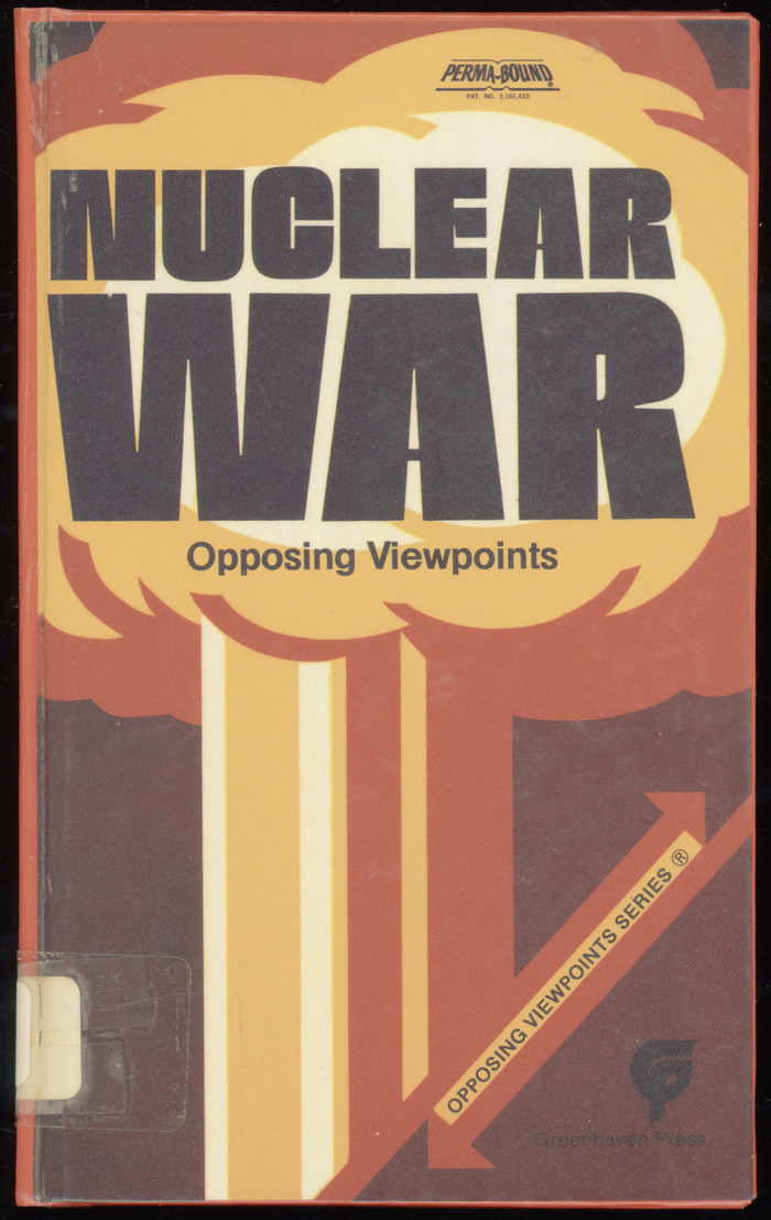 Nuclear War: Opposing Viewpoints book cover 1