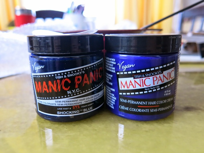 Some Manic Panic products distributed in Canada have replaced Shatter with the decidedly-not-punk-rock cosmetics branding cliché of Optima.
