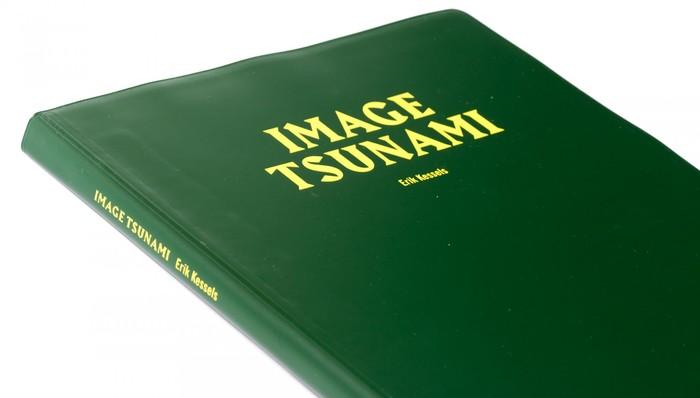 Image Tsunami by Erik Kessels 2