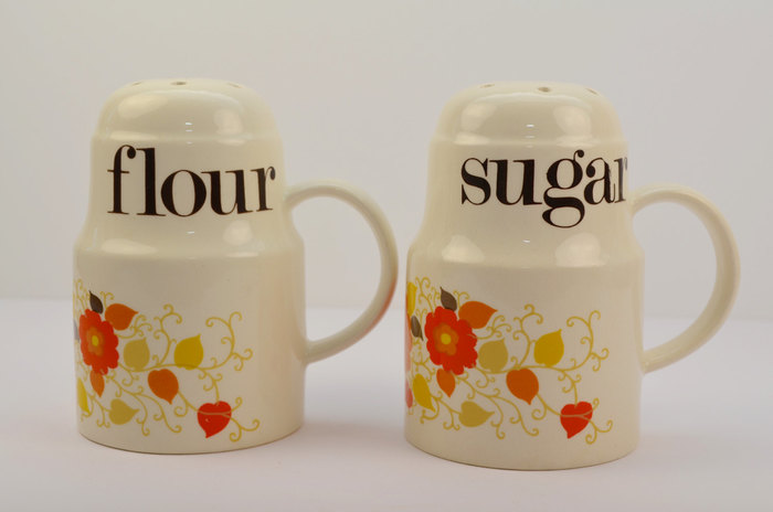 Crown Devon / Mary Quant ceramic containers 11