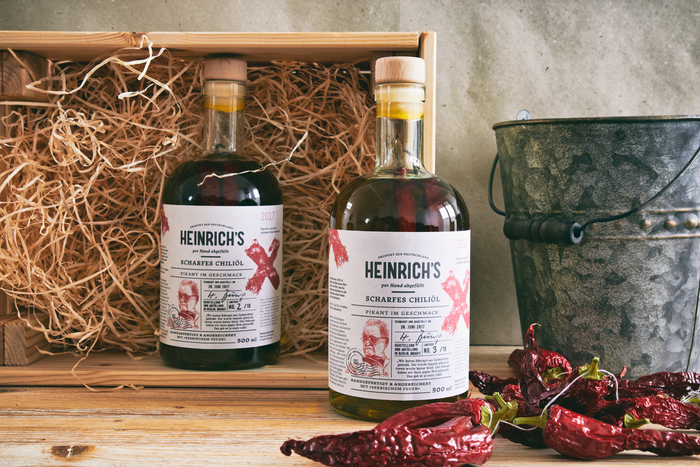 Heinrich's Hot Chili Oil 2