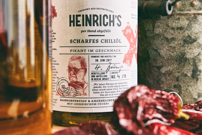 Heinrich's Hot Chili Oil 4