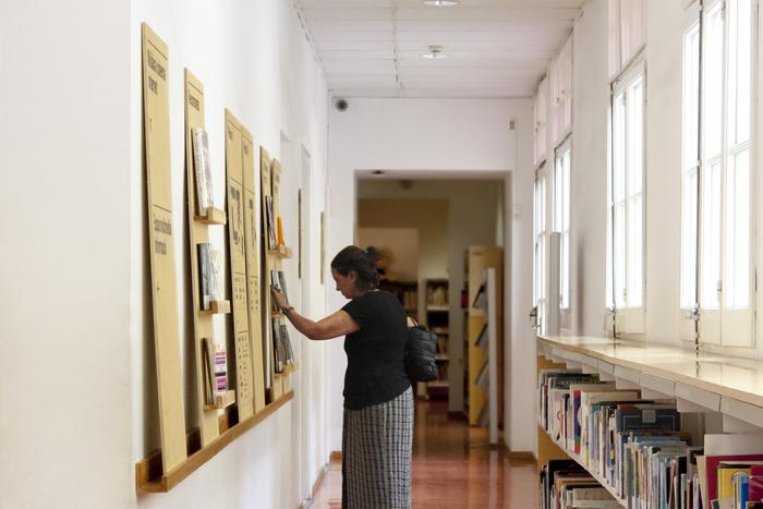 Biblioteca Francesca Bonnemaison 5