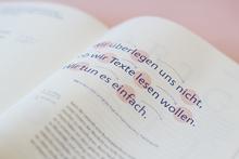 <cite>Ansichtssache – Über Lesbarkeit und die Details in der Typografie</cite> by Sabrina Öttl