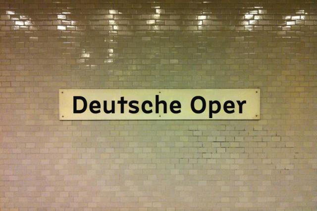 Berlin U-Bahn signs (fictional) 4