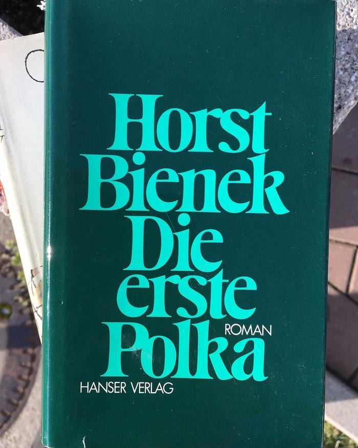 Die erste Polka, Hanser Verlag edition